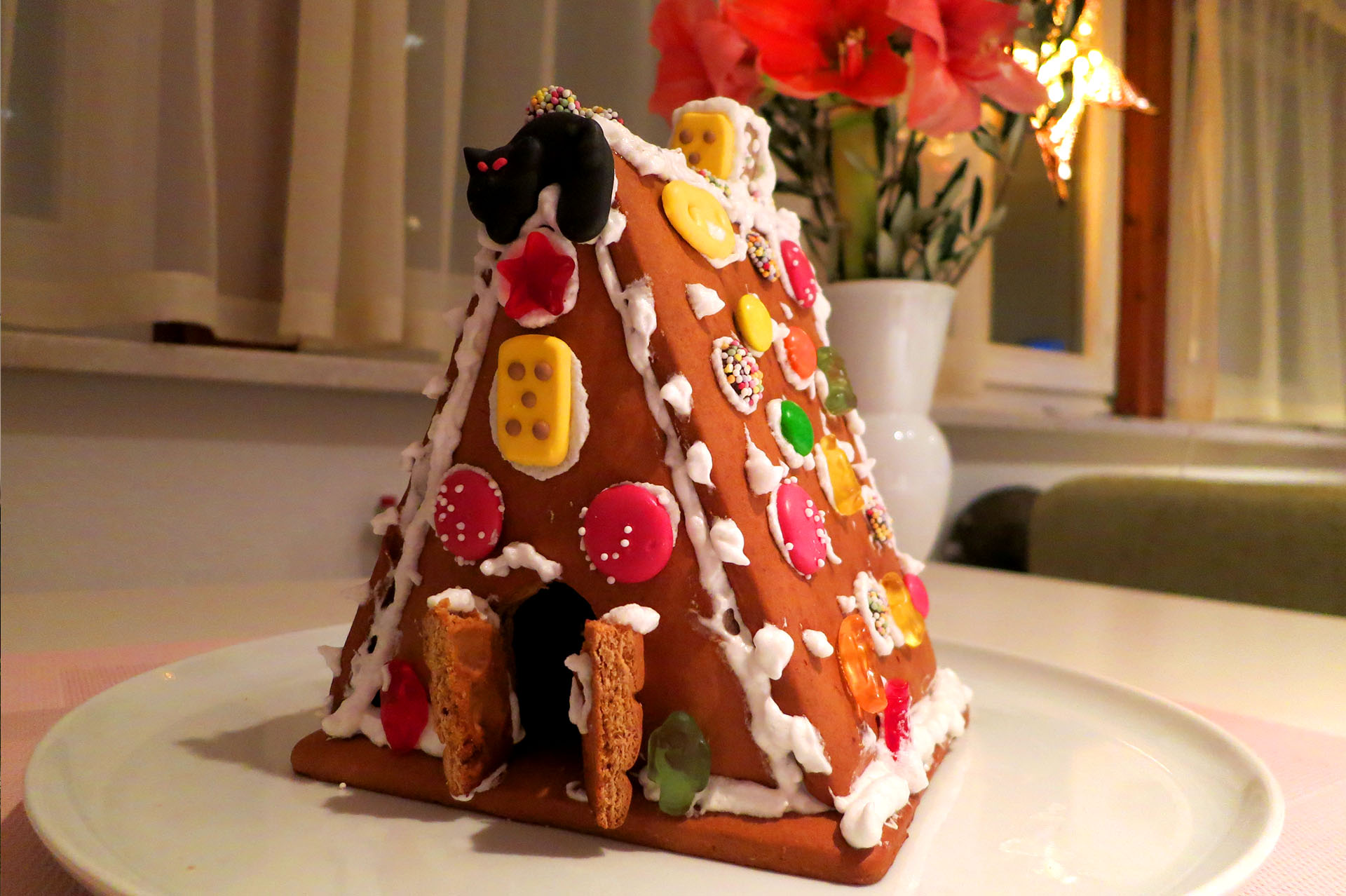 Great gingerbread house challenge in the Christmas time.